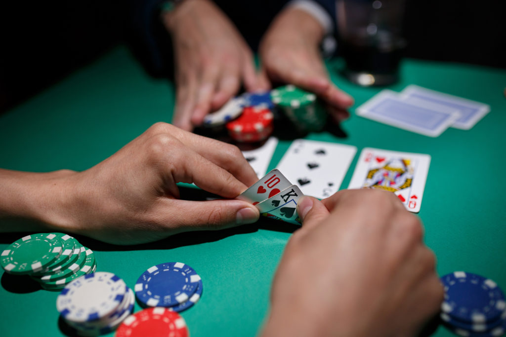 club poker on the web